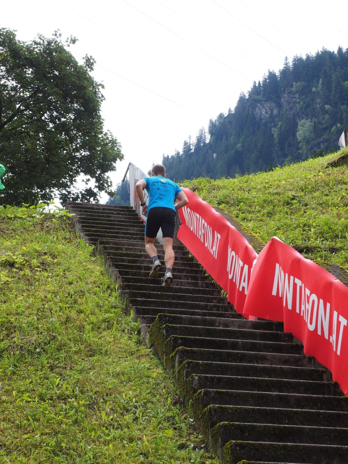 hans stair-running-609762